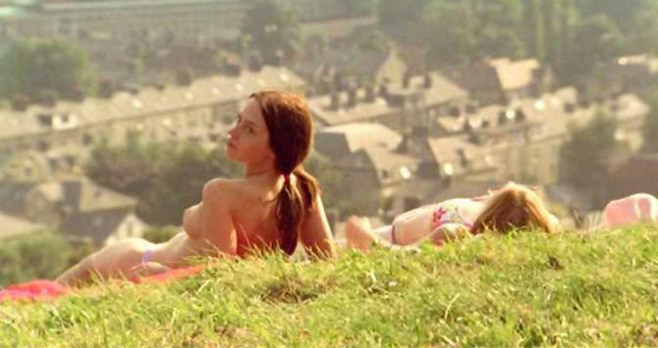 Emily blunt breasts lesbian scene in my summer of love 3