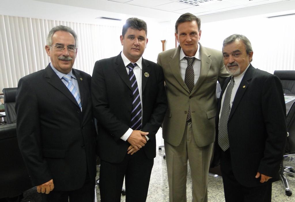 Ministro Crivella com Arlei e secretários municipais Tucunduva e Luiz Ribeiro