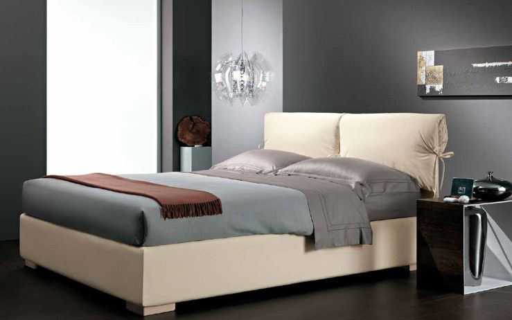 Come arredare casa camere da letto matrimoniali for Casa con 3 camere da letto e garage