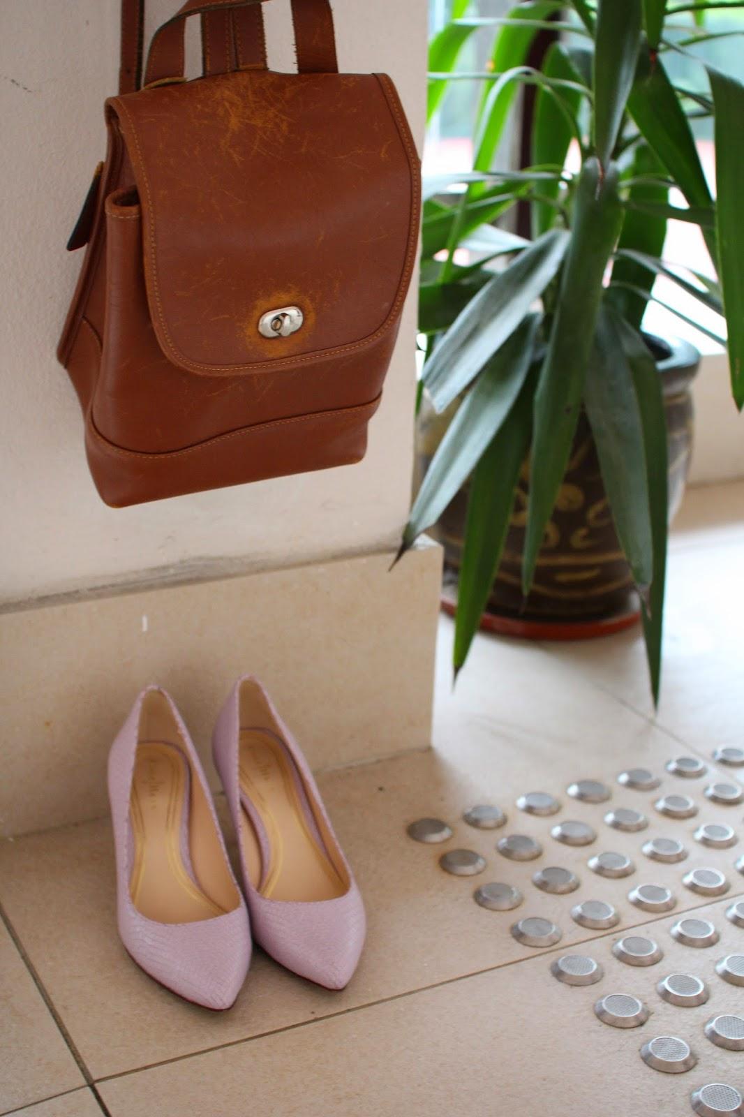 coach bag, leather bag, coach backpack, leather backpack, vintage backpack, flea market finds, leather backpack, cole haan heels, pastel purple pumps