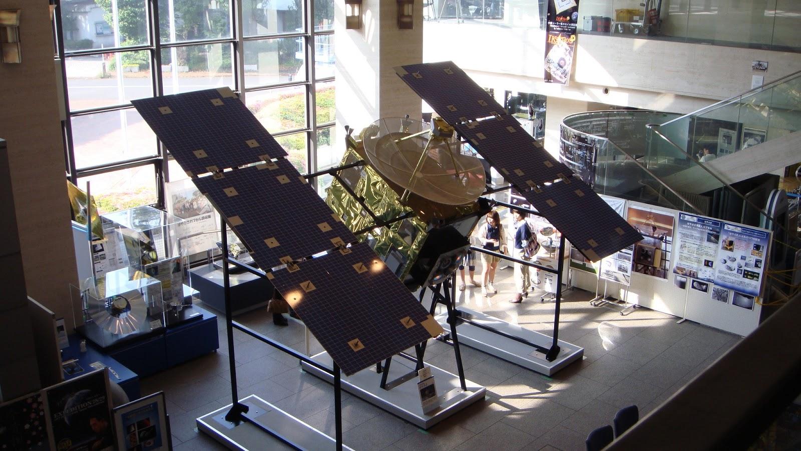 宇宙航空研究開発機構の中央施設です。 そして小惑星探査機はやぶさの故郷... なつれのそら。