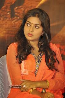 Poorna-Stills-at-Thagaraaru-Movie-Press-Meet