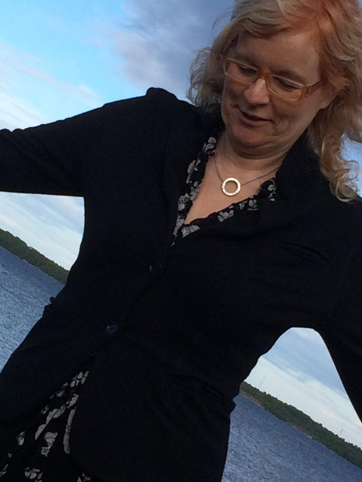 Massage Erotisk Stockholm äldre Kvinnor Kontakt