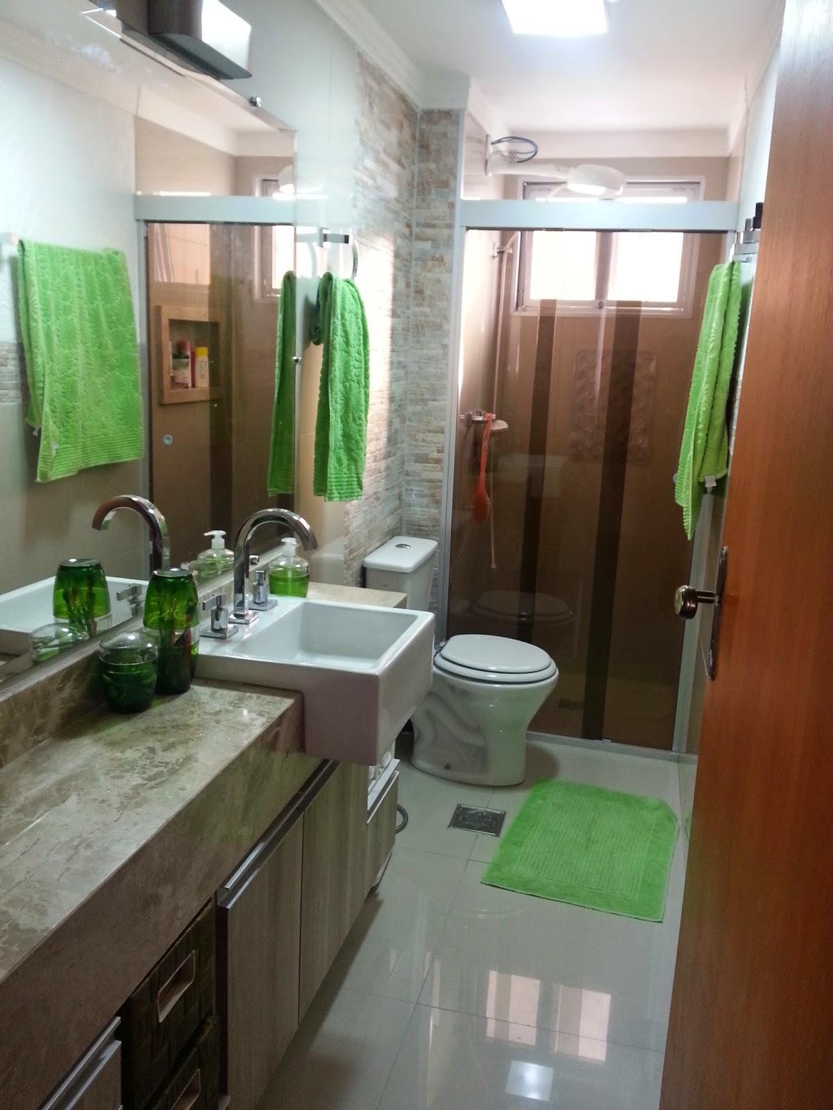 Antes e Depois banheiro =)  Meu novo Lar # Banheiro Comprido E Estreito Com Banheira