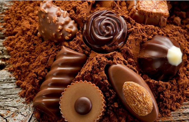 चॉकलेट डे से प्यार में मिठास