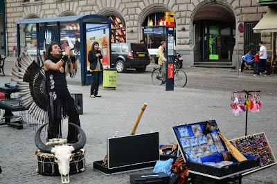 Street performer at Stroget