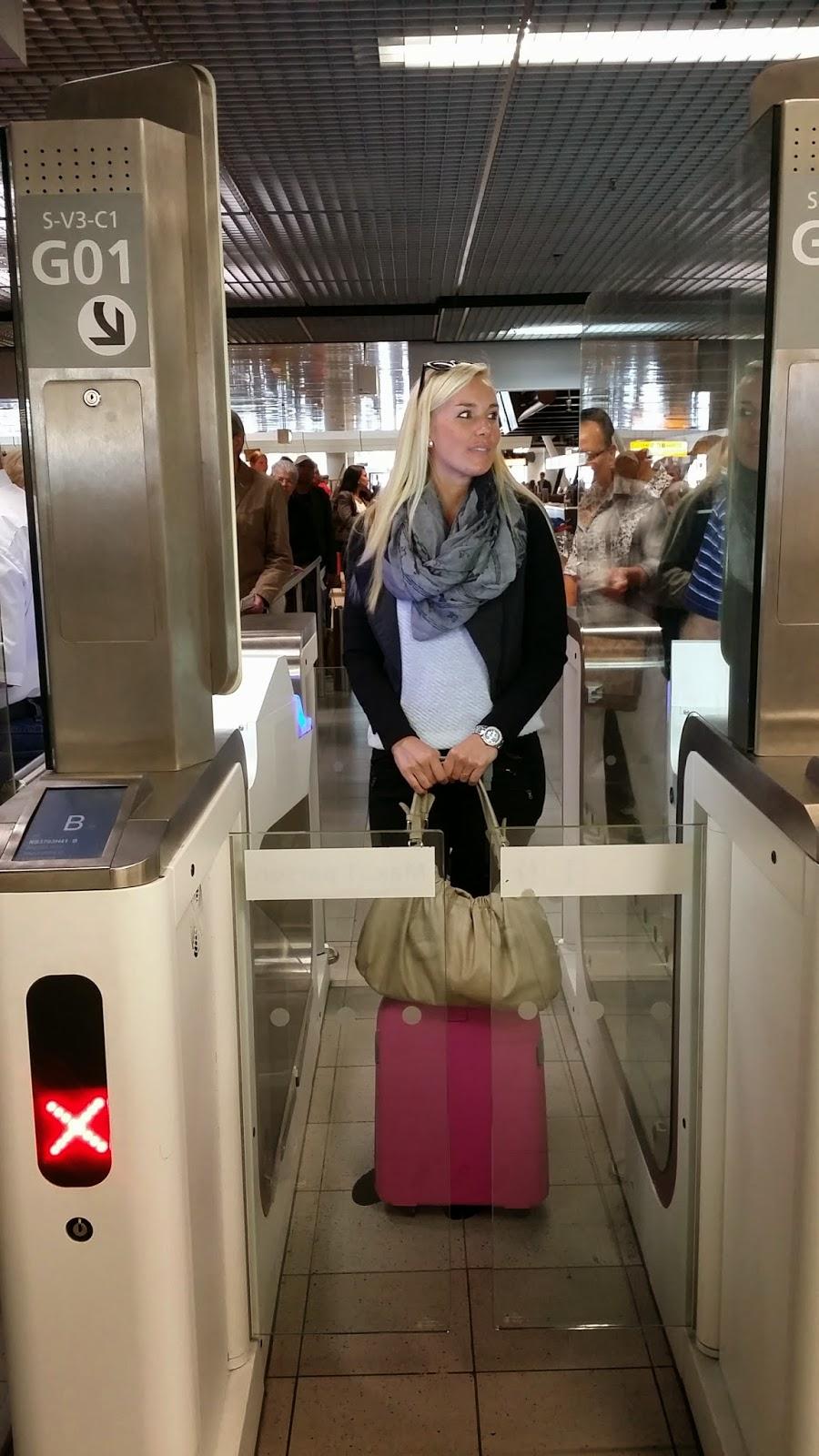 onschuldig dame pijpbeurt in Willemstad