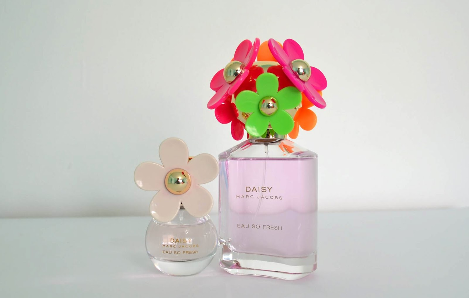 Freckled elle marc jacobs daisy eau so fresh sunshine edition izmirmasajfo Image collections