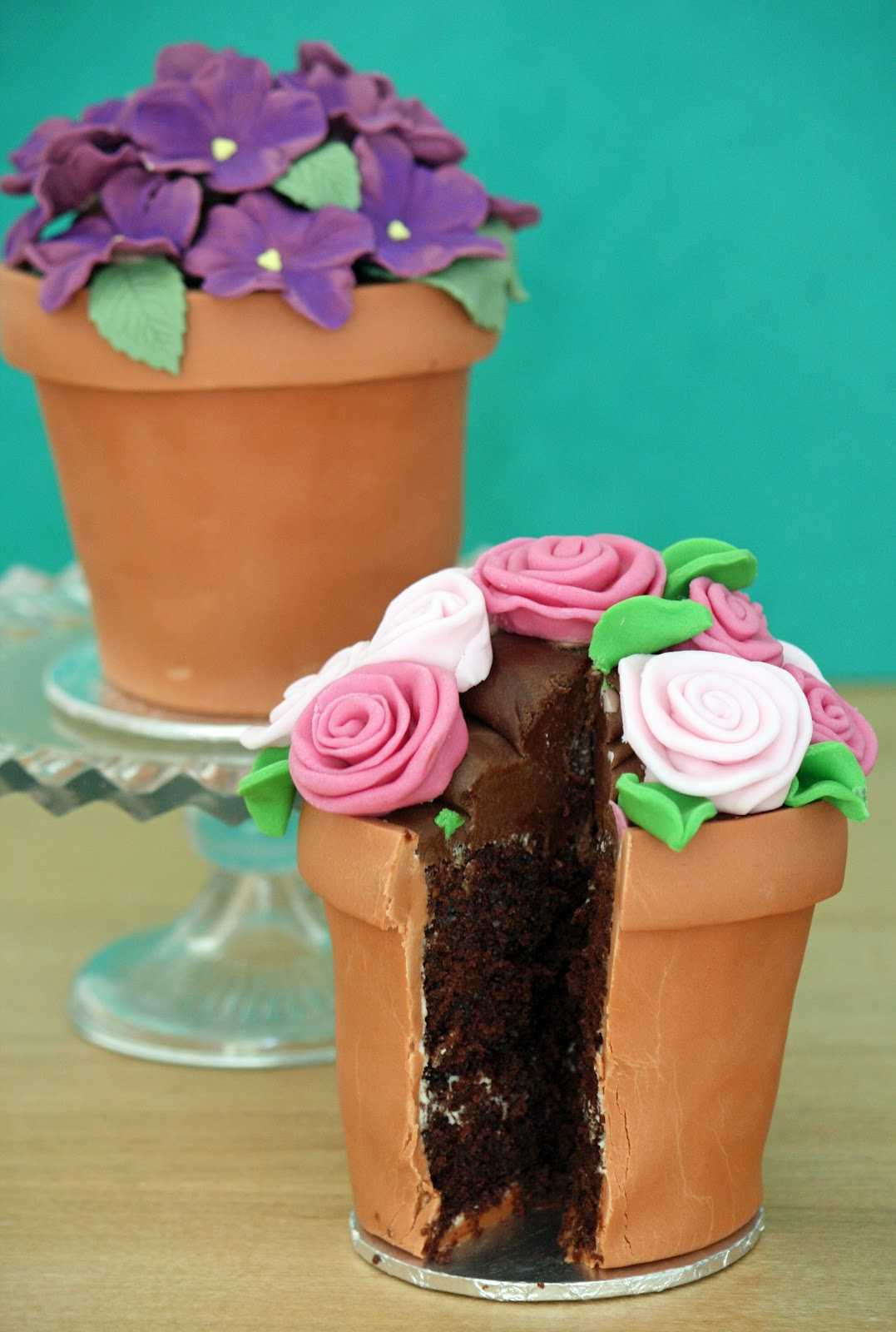 lauralovescakes flowerpot cakes. Black Bedroom Furniture Sets. Home Design Ideas