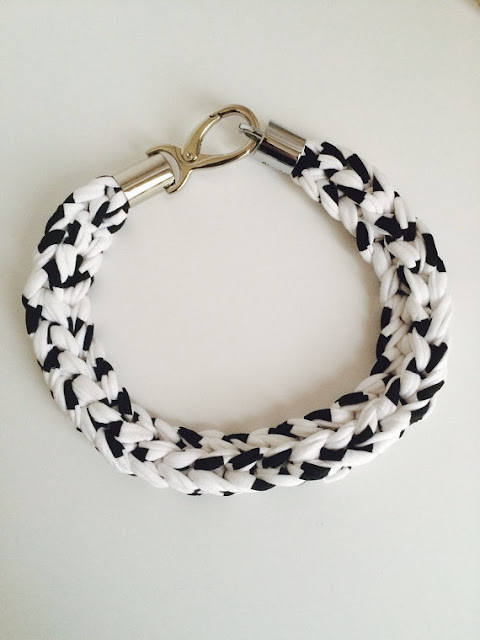 https://www.etsy.com/ca/listing/232785162/knit-soft-jersey-necklace-white-black
