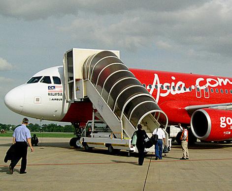 Pesawat AirAsia yang Hilang Kontak di isi Bahan Bakar Untuk Penerbangan 4 Jam 30 Menit