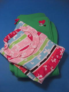 http://bargaincart.ecrater.com/p/22482913/jumping-beans-fleece-sweatpants-blouse