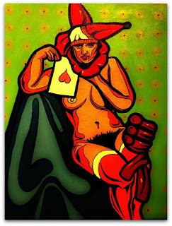 Pintura de Rafael Dambros inspirada em fotografia de 1920 de modelo anônima. Mulher nua, sentada sobre uma cadeira. Veste um chapéu de bobo da corte e segura uma carta de copas, na mão direita.