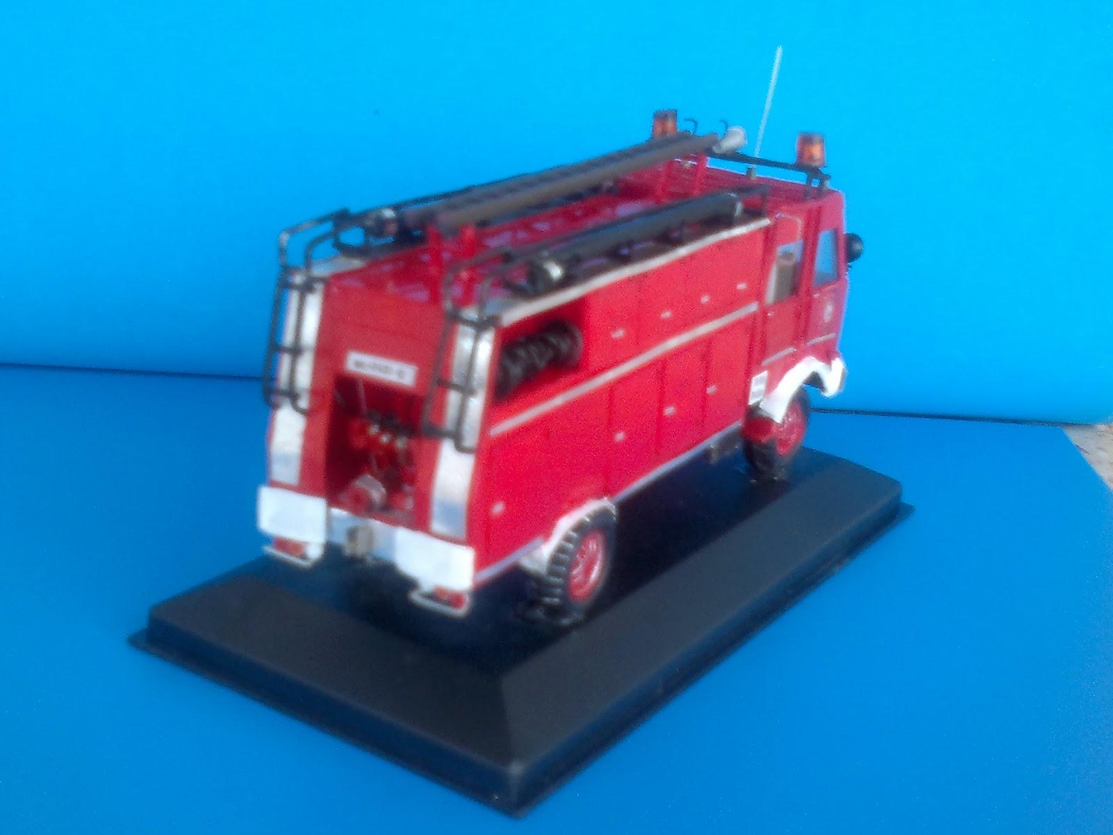 Arte vintage de camiones de bomberos