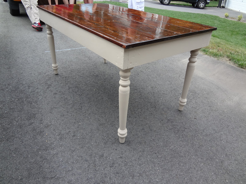 Heir And Space Barn Board Coffee Table Set
