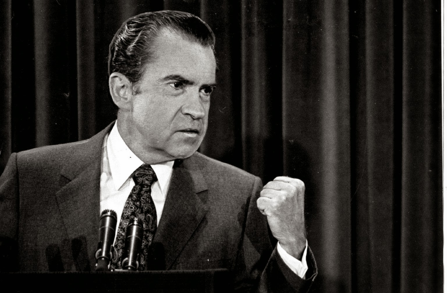 a biography of richard nixon and his presidency Timeline of president richard nixon's life important dates, world and national events during his lifetime.