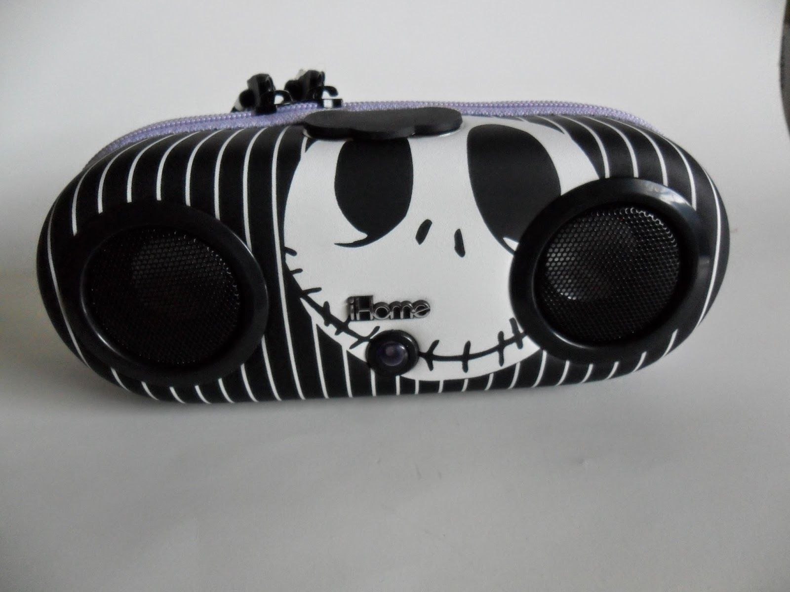 eKids Jack Skellington  Portable Stereo Speaker System for MP3 Players, by iHome