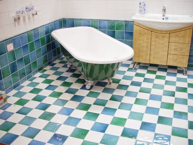 Bathroom tiles cleaning tips vinegar