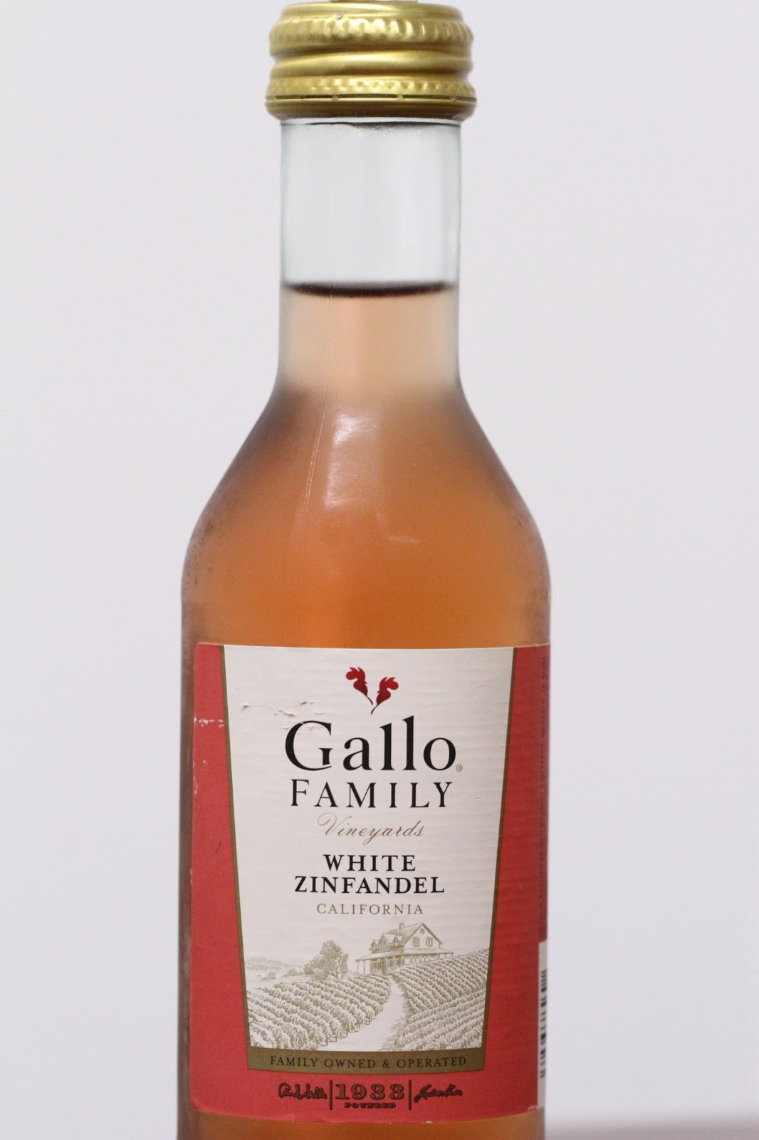 A Growing Boy's Wine Diary: Gallo Family White Zinfandel