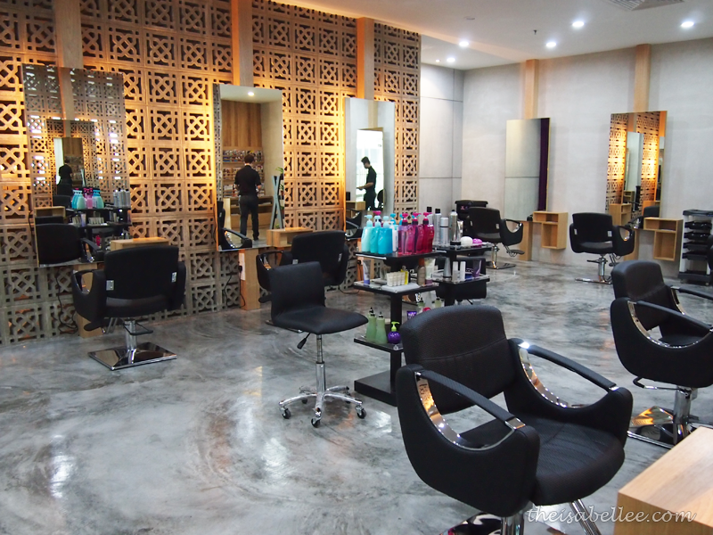 Interior of Frank Salon