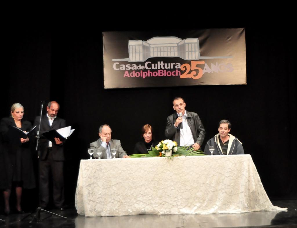 A mesa foi composta por Jorge Bragança (ATL), Regina Tavares, diretora da Casa de Cultura, Secretário de Cultura Wanderley Peres e Carlos Veríssimo (Soarte)