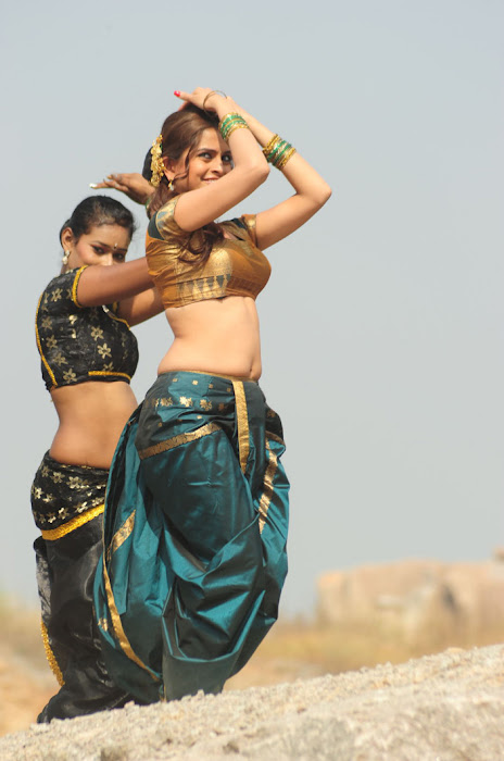 sheena shahabadi new song unseen pics