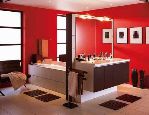 Baño De Color Rojo Fuego: Decoración de Interiores: Decoración de Color Rojo en el Baño