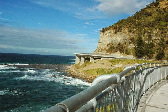 The Sea Cliff Bridge Australia is located on the beach on the coast of New South Wales region of cities along, and Clifton Coalcliffet connects.