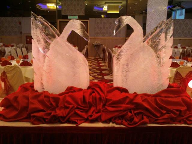 scupltures for wedding
