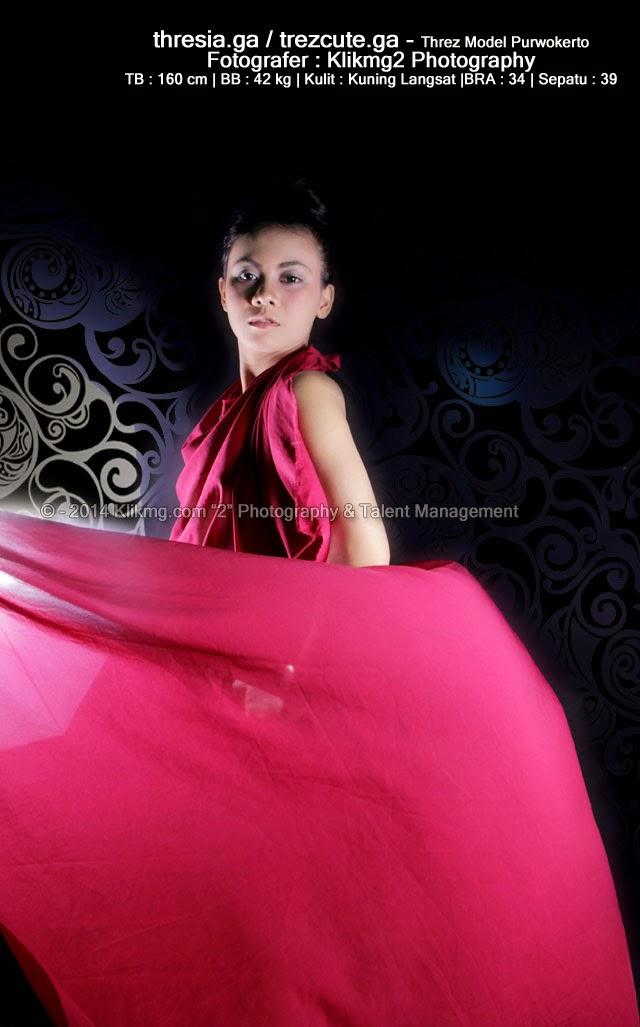 "Threz Model Sexy Berbalutkan Kain ""Indoor"" [ thresia.ga ] | Foto oleh klikmg Fotografi | MUA oleh Ari Make Up"