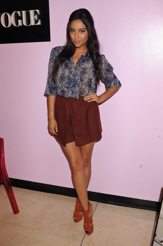 Shay Mitchell - Teen Vogue Haute Spot in New York