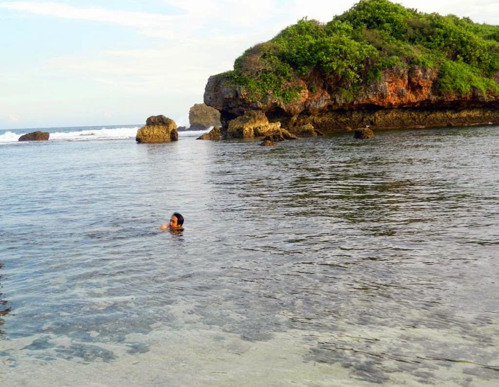 snorkeling-pantai-sadranan.jpg