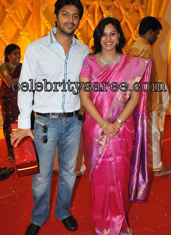 Vandana Tamil Actor Srikanth Wife In Traditional Silk Saree Saree
