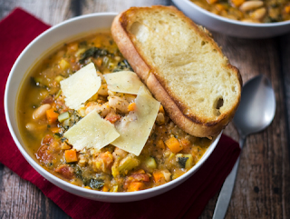 5 Easy Soups That Will Keep You Warm This Winter