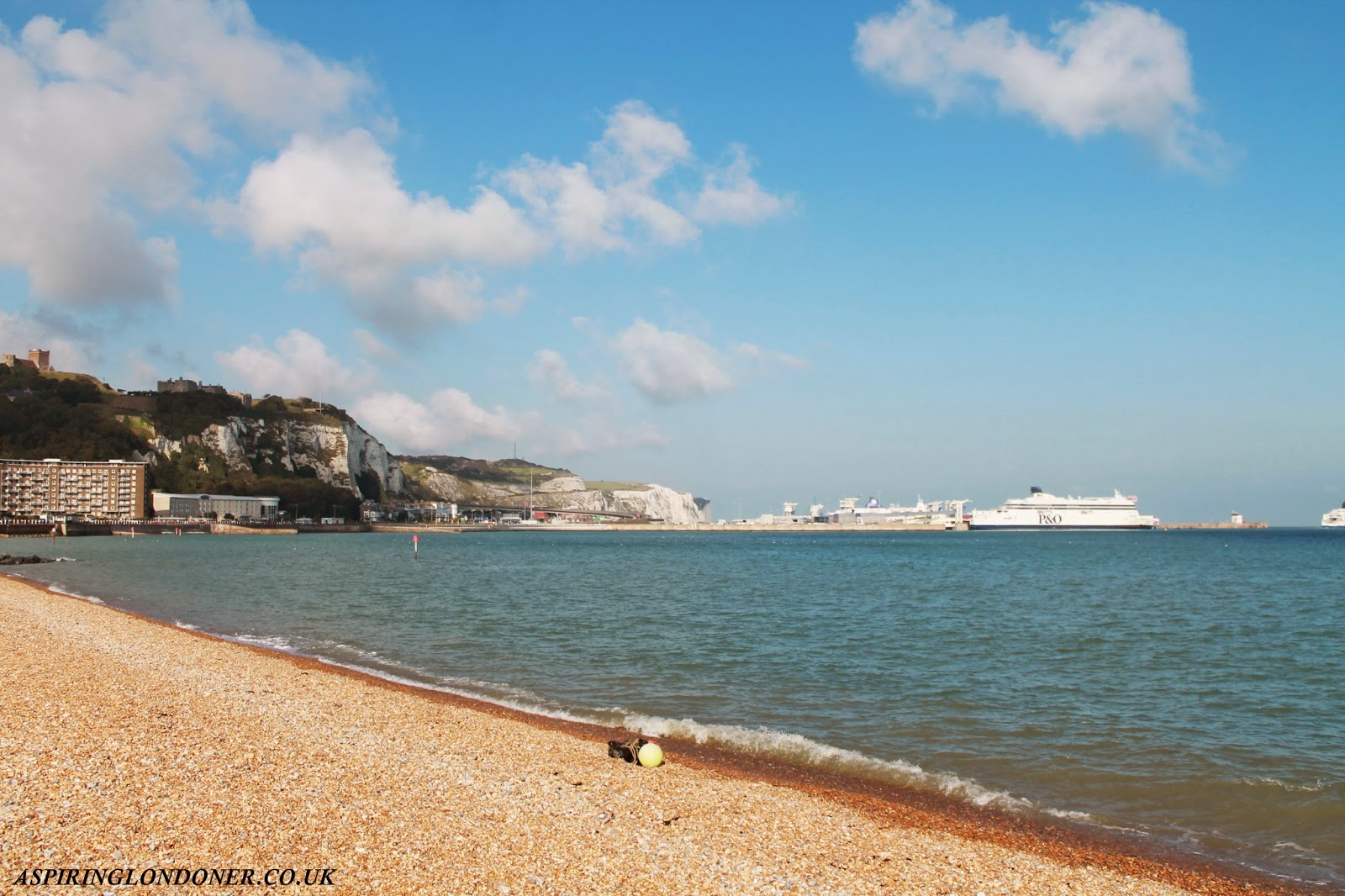 White Cliffs of Dover Artificial Beach - Aspiring Londoner