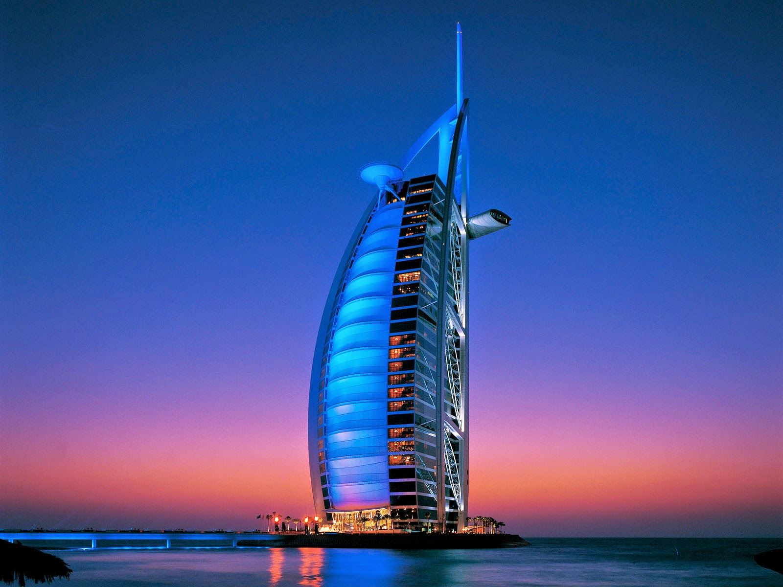 Passion for luxury passion4luxury 39 s 3 most romantic hotels for The most beautiful hotel in dubai