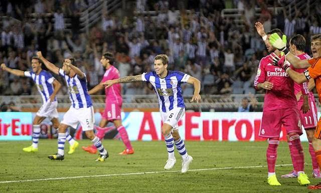 El sponsor principal de la Real Sociedad le paga a los jugadores por ganarle al Real Madrid