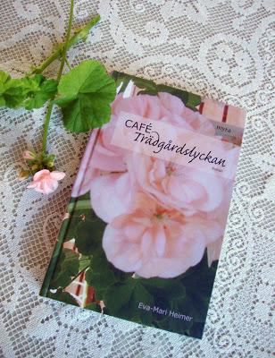 Café Trädgårdslyckan, min första roman