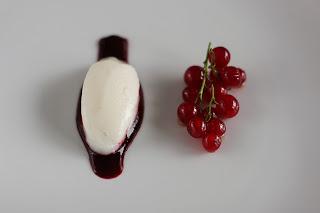 fehér ribizli sorbet fagyi fagylalt bodza bodzaszörp rózsabors fekete ribizli mártás coulis feketeribizli meleg méz piros ribizli desszert