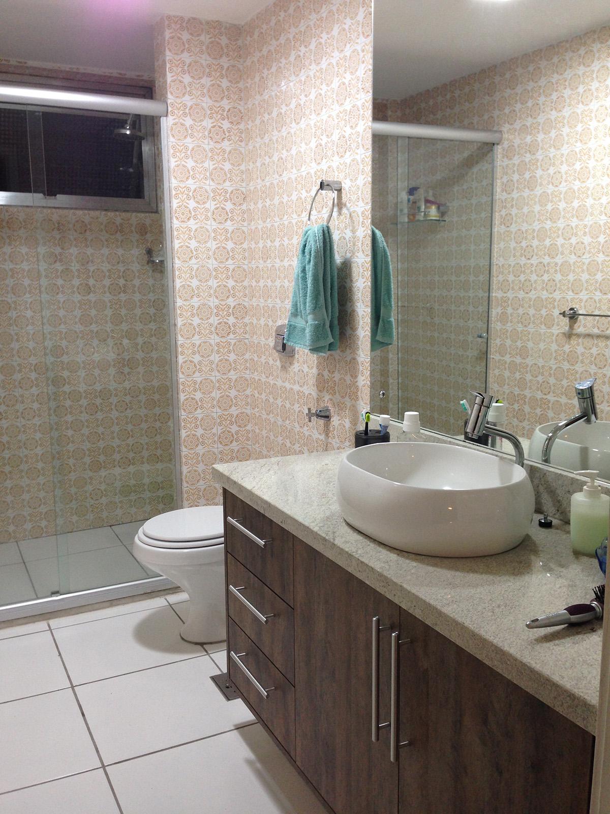 banheiro dormitório casal detalhe box blindex detalhe banheiro dorm  #4D7B7E 1200 1600