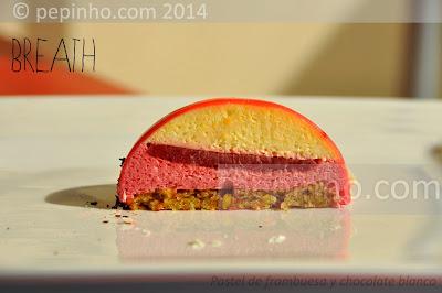 Pastel de frambuesa y chocolate blanco (Aliento)