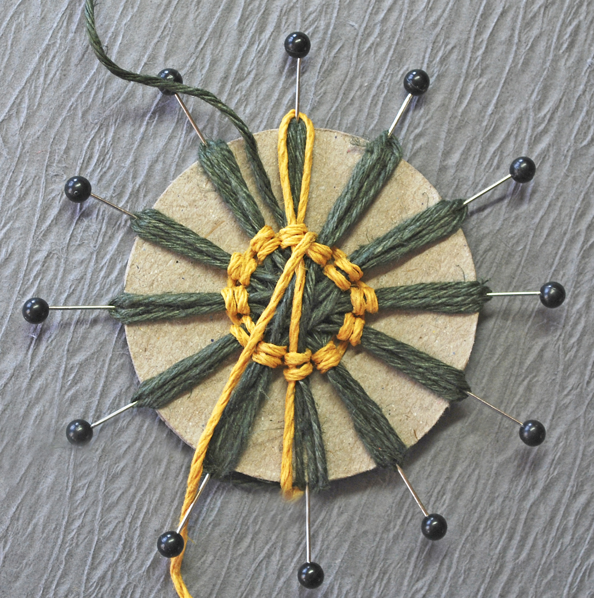 Поделки из веревки и шпагата мастер класс