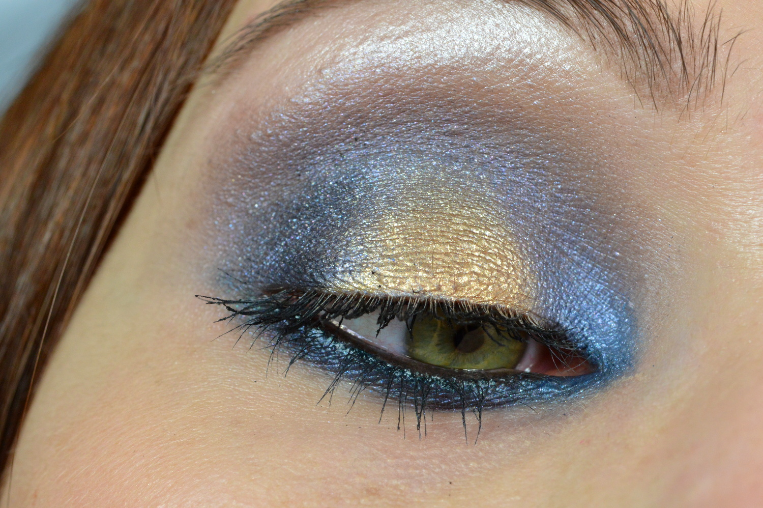 Blushes and more nachgeschminkt august 2014 blue gold for Smokey eyes blau
