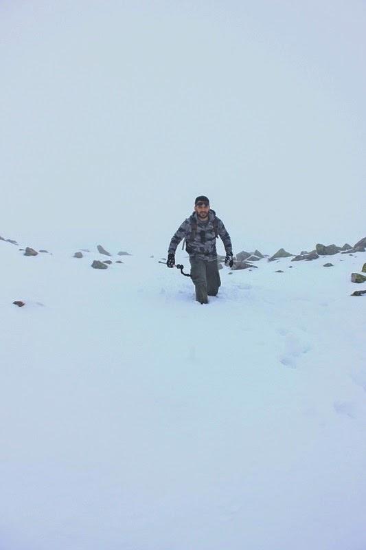 La couche de neige est impressionnante à proximité du somme de l'Autza!