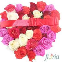 Inima din 31 trandafiri multicolori