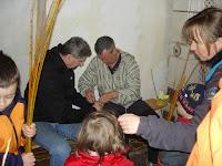 Velikonoce na Krásné 1. 4. 2012 - pletení pomlázek