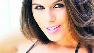 Mariana Antoniale LA NIÑA LOLY
