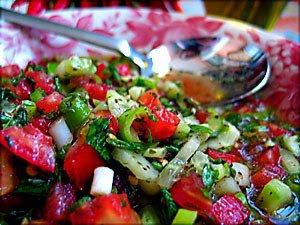 Sumaklı Domates Salatası Tarifi