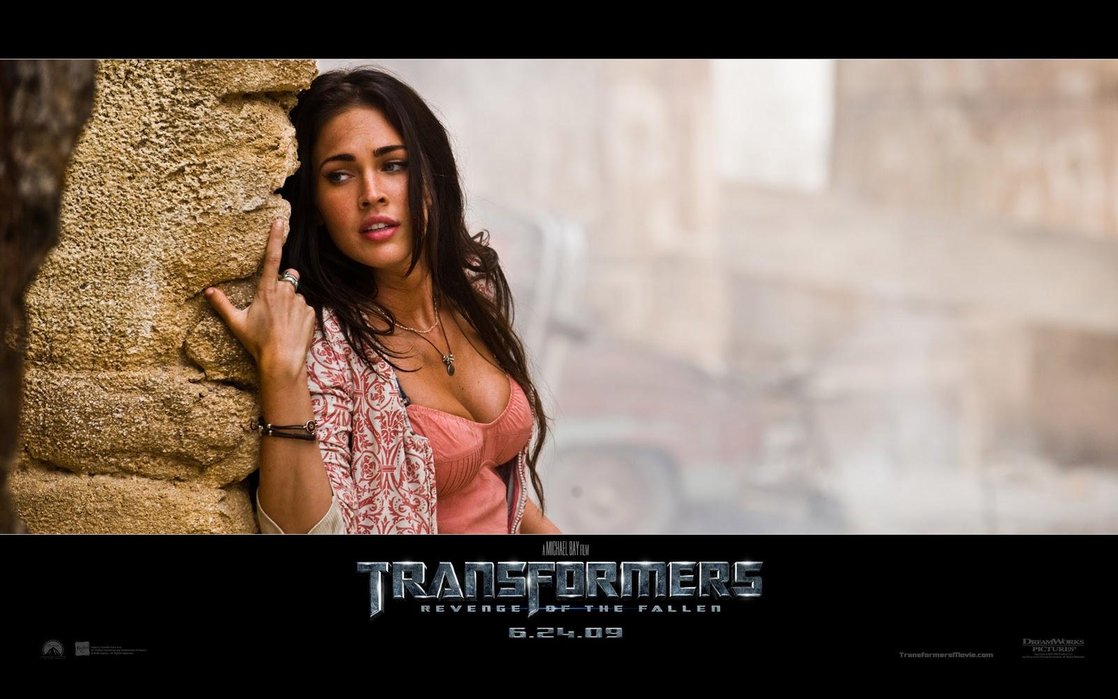 http://2.bp.blogspot.com/-66DNeSj40II/TrelEX2GsGI/AAAAAAAAAKA/WaLasDG9uNA/s1600/sexy-megan-fox-transformers-2-pics.jpg