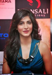 Shruti Haasan at Gabbar Is Back Game Launch Photos